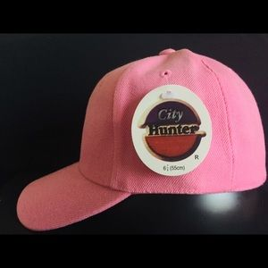 City hunter pink plain fitted cap